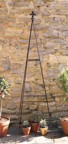 4ft Fluer De Lis pyramid Obelisk.jpg