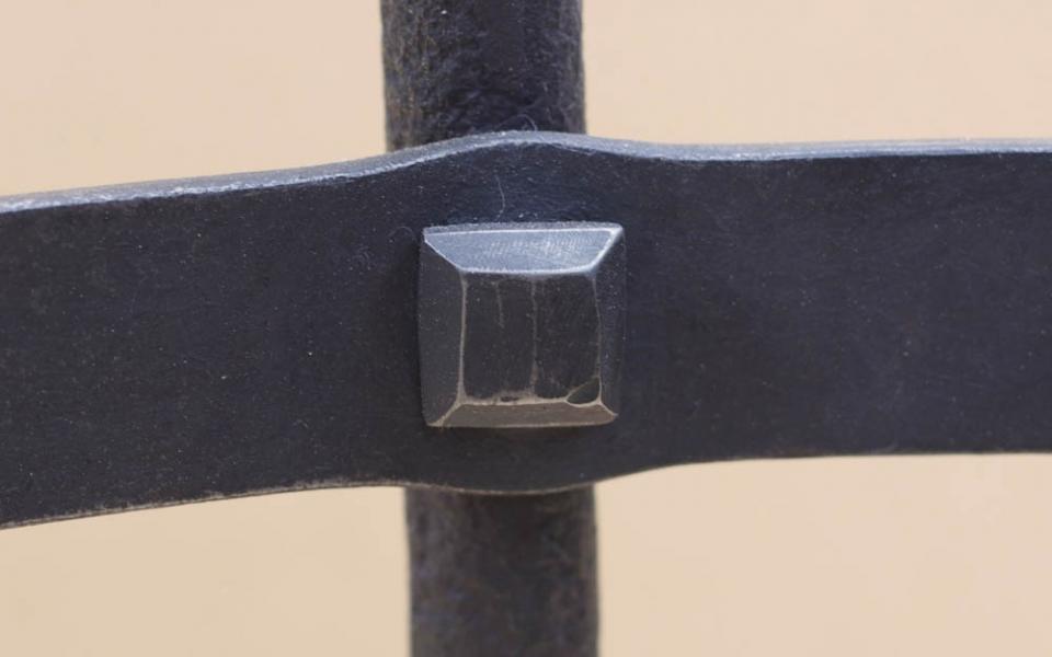 rivet detail.jpg